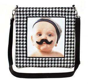 Tammy's Tune Totes are unique because with a push of a button you will be able to hear your photo tote play up to three minutes of your voice or favorite recording. A real fun way to show off your treasured photo.